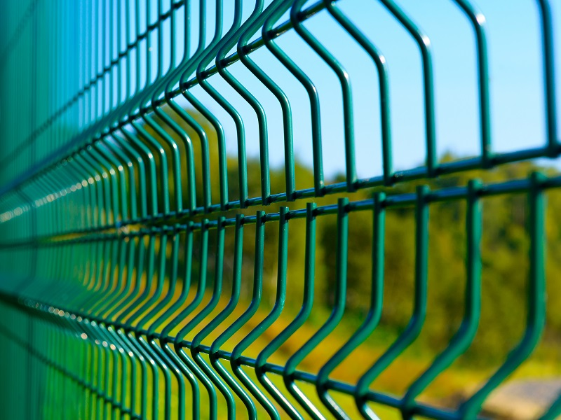 Granulát PVC pro opláštění plotů